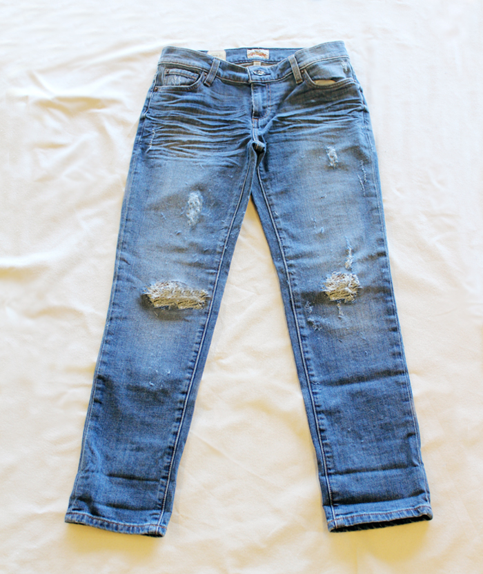 diy-distressed-jeans-wonderfuldiy