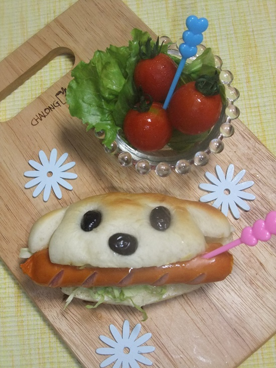 How-to-Bake-Dog-Shape-Hot-Dog-Sandwich-9
