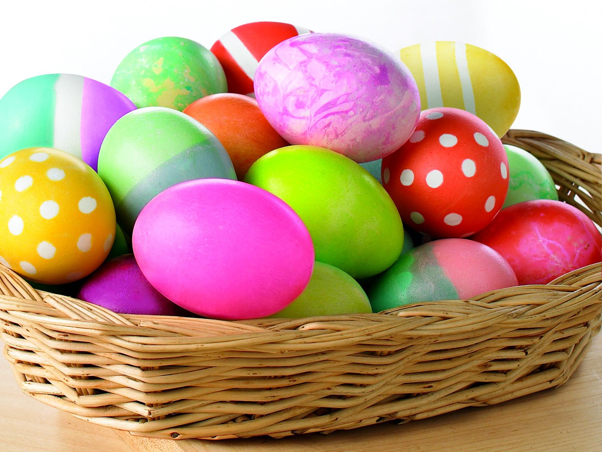 newspaper basket 3 Wonderful DIY Easter Egg Basket From Newspaper
