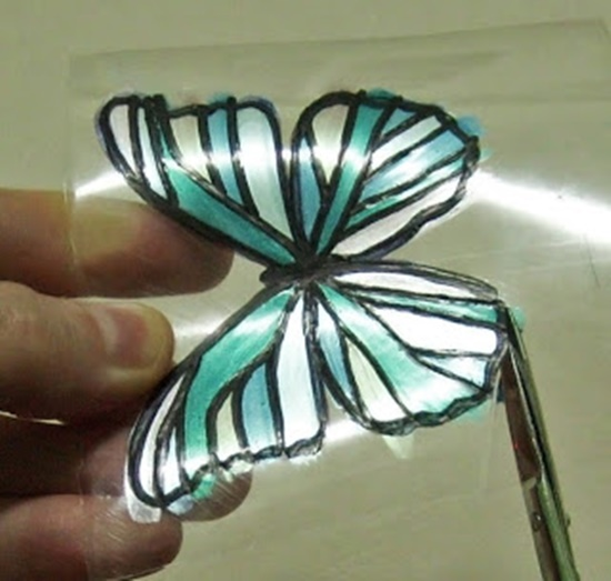 Butterfly-Made-with-Plastic-Bottles-09