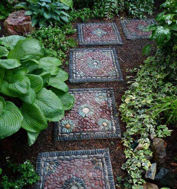 Cool DIY Stepping Stone 1 23 Wonderful DIY Garden Stepping Stone Ideas