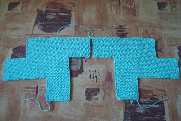 DIY-Pretty-Knitted-Home-Slippers-3