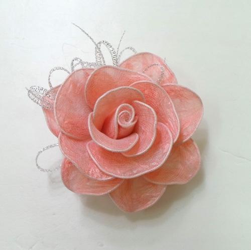 wonderful diy roses from plastic bags