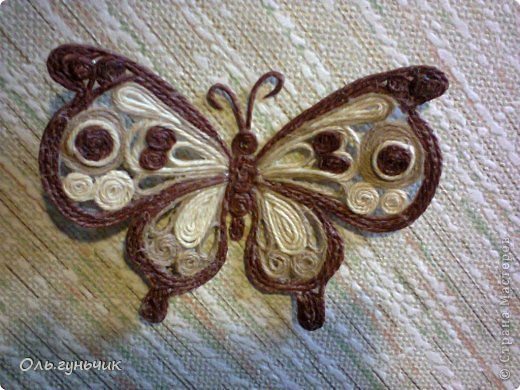 How-to-Make-Beautiful-Filigree-Butterfly-with-Yarn-21