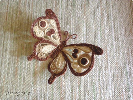 How-to-Make-Beautiful-Filigree-Butterfly-with-Yarn-22