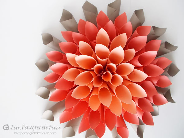Paper Dahlia Wreath7 Pretty Paper Dahlia Wreath   DIY Wall Art Made Easy!