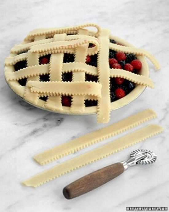 Pretty-Decorative-Pie-Crusts-5