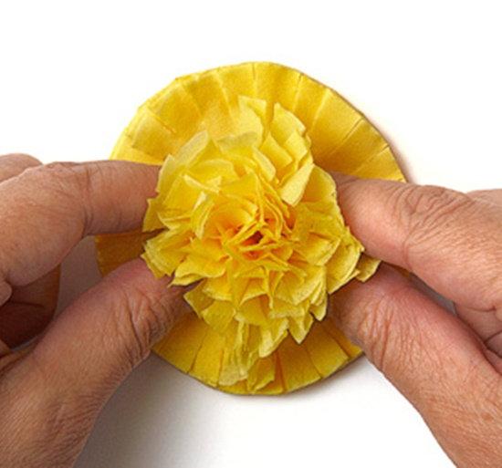 Tissue-Paper-Flowers-11