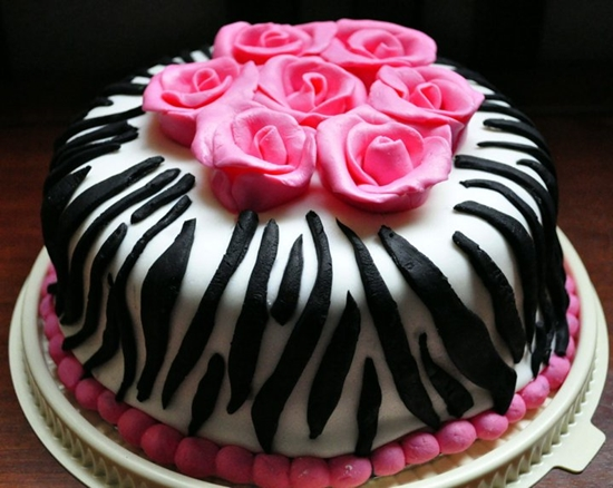 pink zebra 1 Wonderful DIY Pretty Zebra Cake