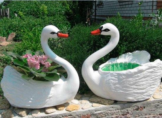 swan-pot-planter-1