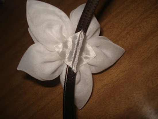 DIY-Pretty-Flower-Headband-11