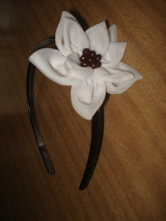 DIY-Pretty-Flower-Headband-12