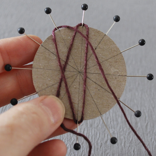 DIY-twine-flower-with-cardboard06