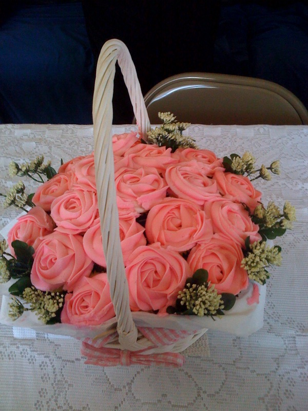 Rose cupcakes bouquet