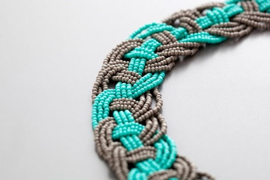 Woven-Bead-Statement-Necklace-DIY-2