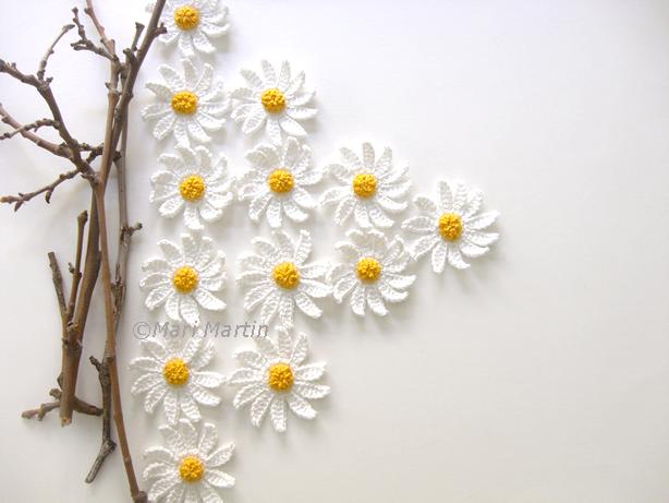 crochet daisy flower  Pretty DIY Crochet Daisies