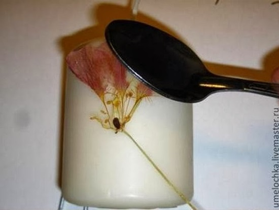 diy-dried-flowers-decorated-candles-04