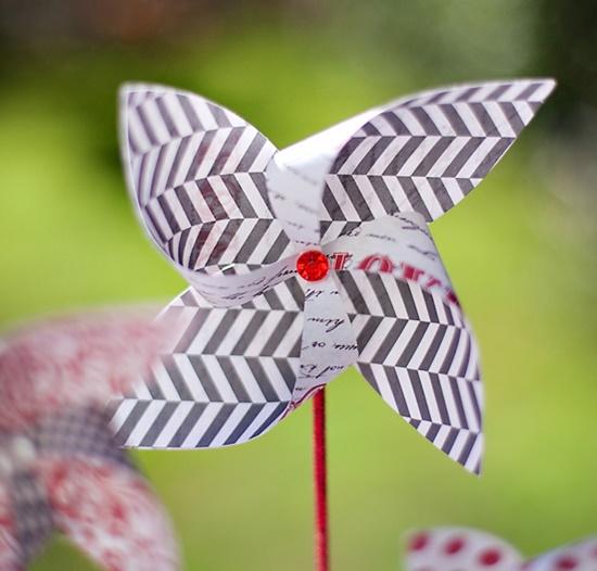 VIEW IN GALLERY paper pin wheel4 & Wonderful DIY Pretty Paper PinWheel