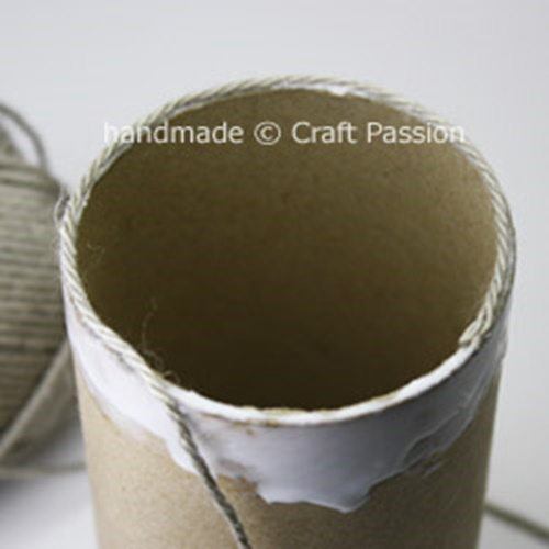 yarn pencil holder from paper rolls5
