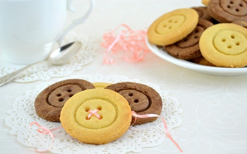 Cute Button cookie2
