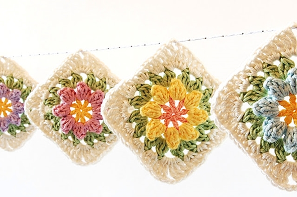 Flower Granny Squares0 Wonderful DIY Crochet Flower Granny Squares