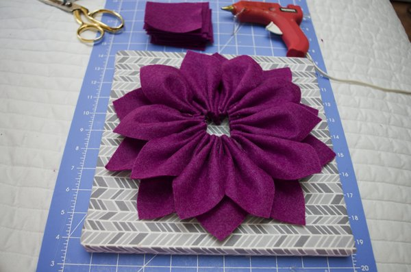 Flower wall art tutorial 8