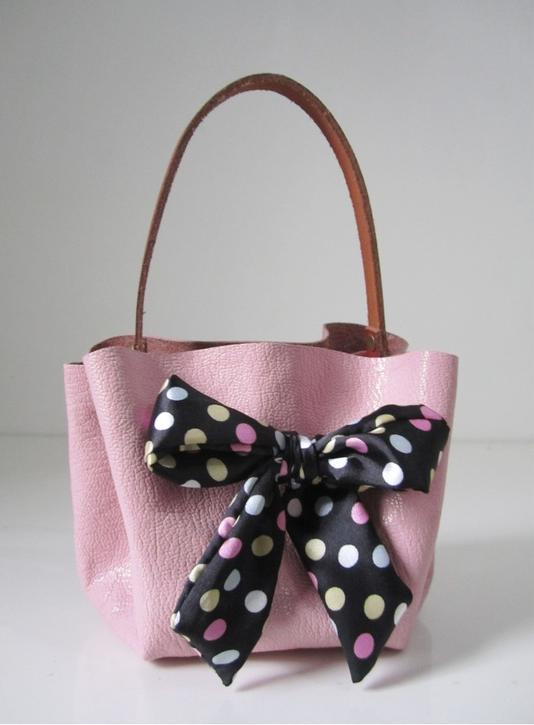 Handbag without Sewing0 Wonderful DIY Stylish Handbag without Sewing