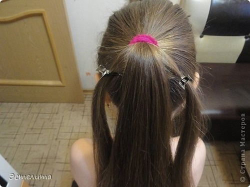 Heart Ponytail Hairstyle3