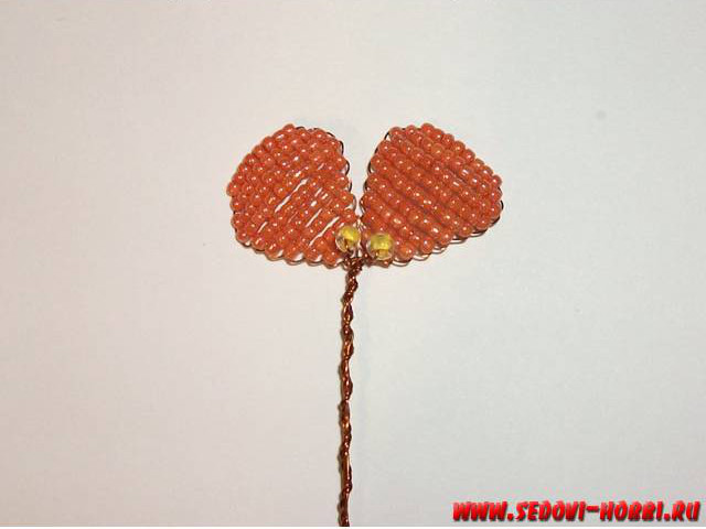 How-to-make-Beads-Pansy-Flower-00-12