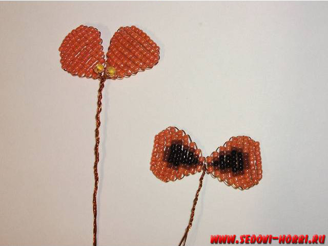 How-to-make-Beads-Pansy-Flower-00-13