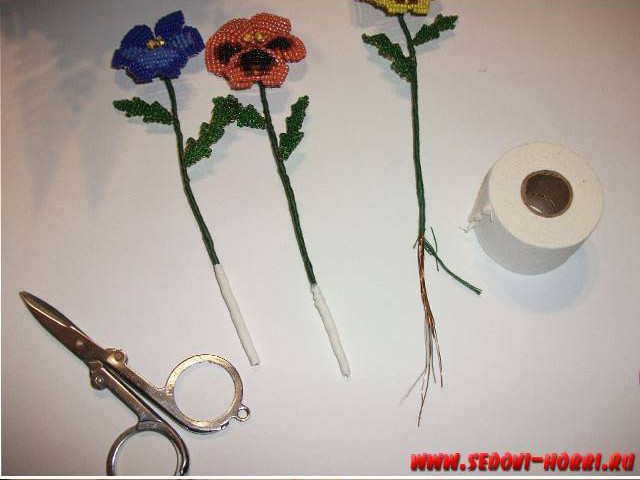 How-to-make-Beads-Pansy-Flower-00-22