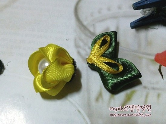 diy-ribbon-flower-hair-clip-14