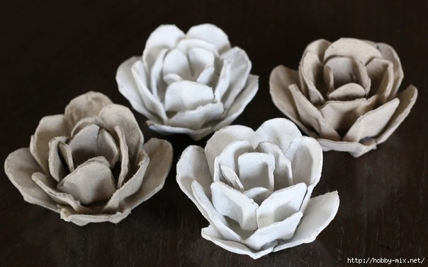 egg carton Flower Mirror Decoration7