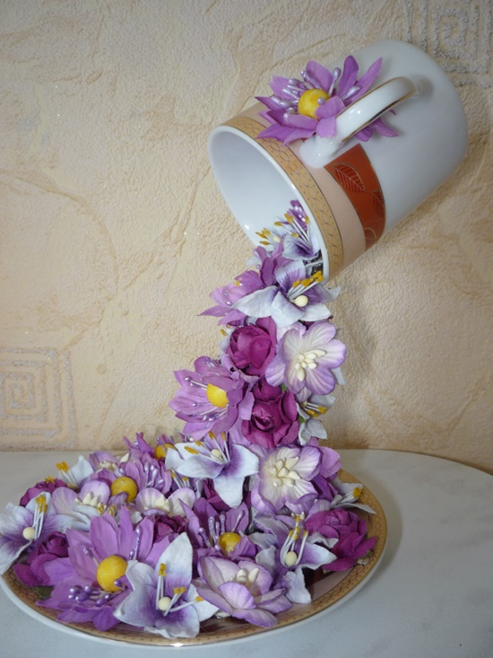 flying cup flowers00  Wonderful DIY Topiary Flower Flying Cup Decor