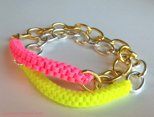DIY Colorful Lanyard Box Stitch Bracelet