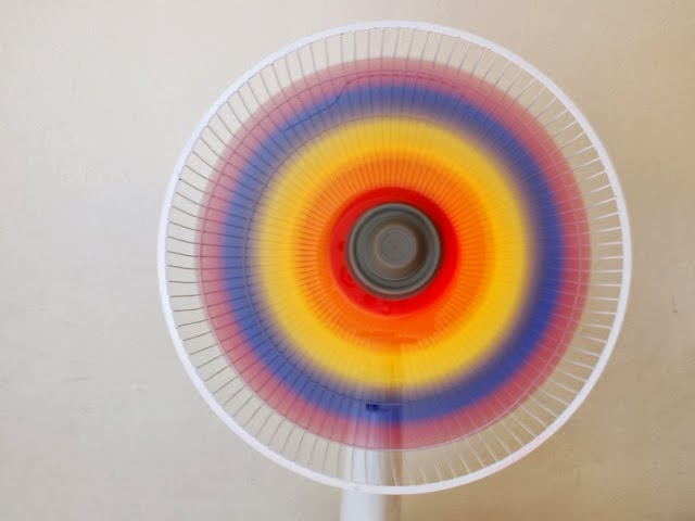 rainbow fan 1 Wonderful DIY Cool Rainbow Fan