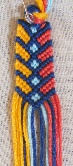 Chevron bracelet with square knot14