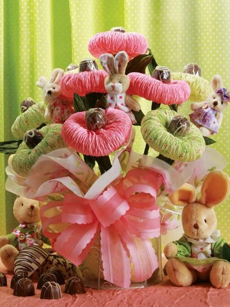 Chocolate Paper Flower Bouquet0 Wonderful DIY Chocolate  Paper Flower Bouquet