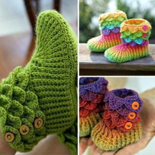 The Cutest Crochet Crocodile Stitch Booties [Tutorial & Patterns]
