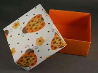 DIY-Paper-origami-gift-box13