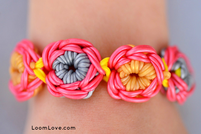 Flower-Burst-Loom-Bracelet