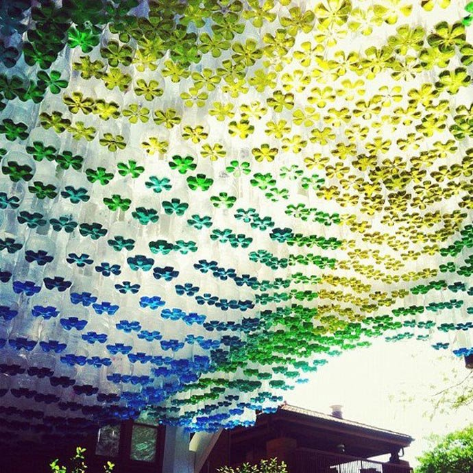Parking canopy with recycled bottles Using Recycled Plastic Bottles For a DIY Parking Canopy