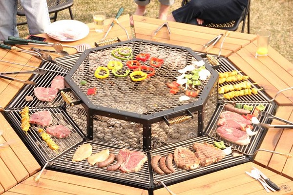 jag-grill-bbq-table-2