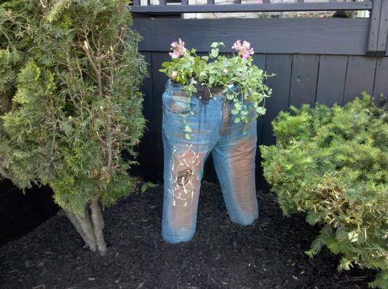 recycling jeans planter