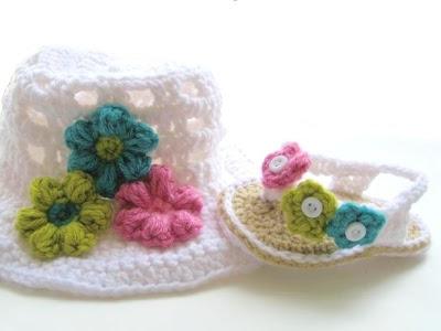 2flipflops 036 Wonderful DIY Crochet Flip Flops and Hat Set