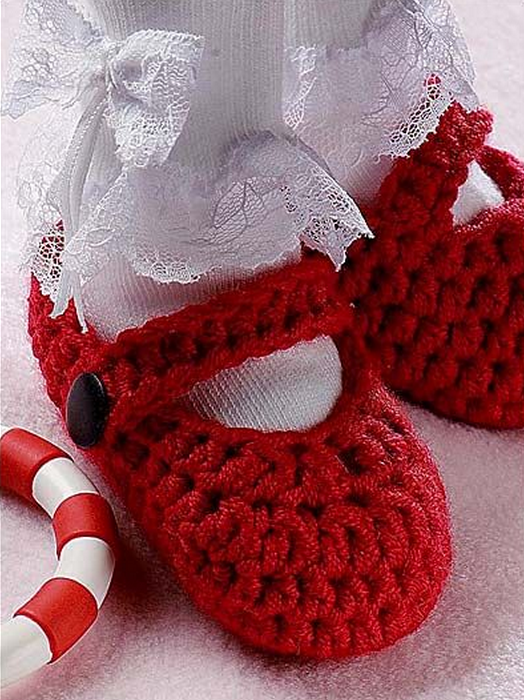 Christmas slippers Free Pattern The Cutest Christmas Crochet Gift Set for Girls