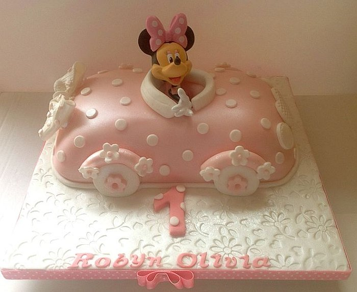 Minnie car birthday cake Minnie Car Cake for Magnificent Birthday Parties
