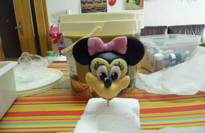 Minnie driving – birthday cake 8