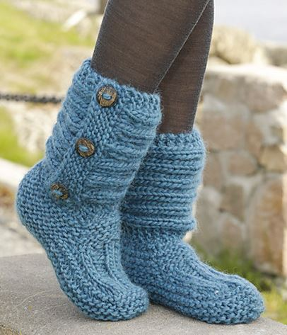 237b397e365f1 Free Knitted & Crochet Slipper Boots Patterns