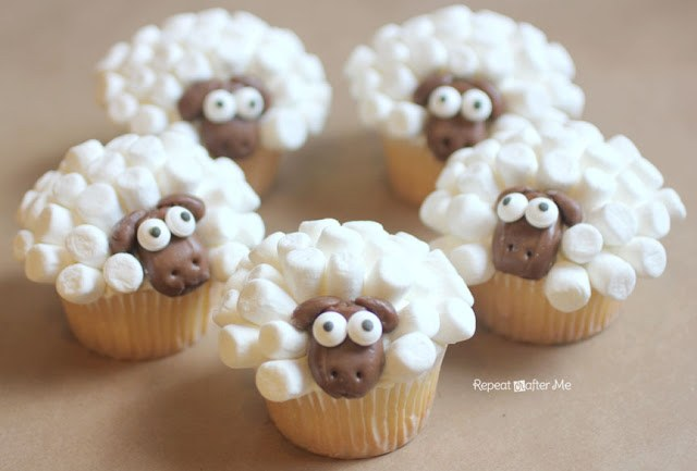 Wonderful Diy Cute Marshmallow Sheep Cupcake